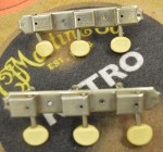 1965-1969 Gibson Double Line Single Strip Tuners  -  Cat No:   -  Click To Order  -  ID: 2573
